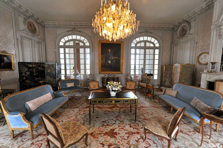 Interiors of chateau 39 s description valencay le ch teau for Le salon chatou