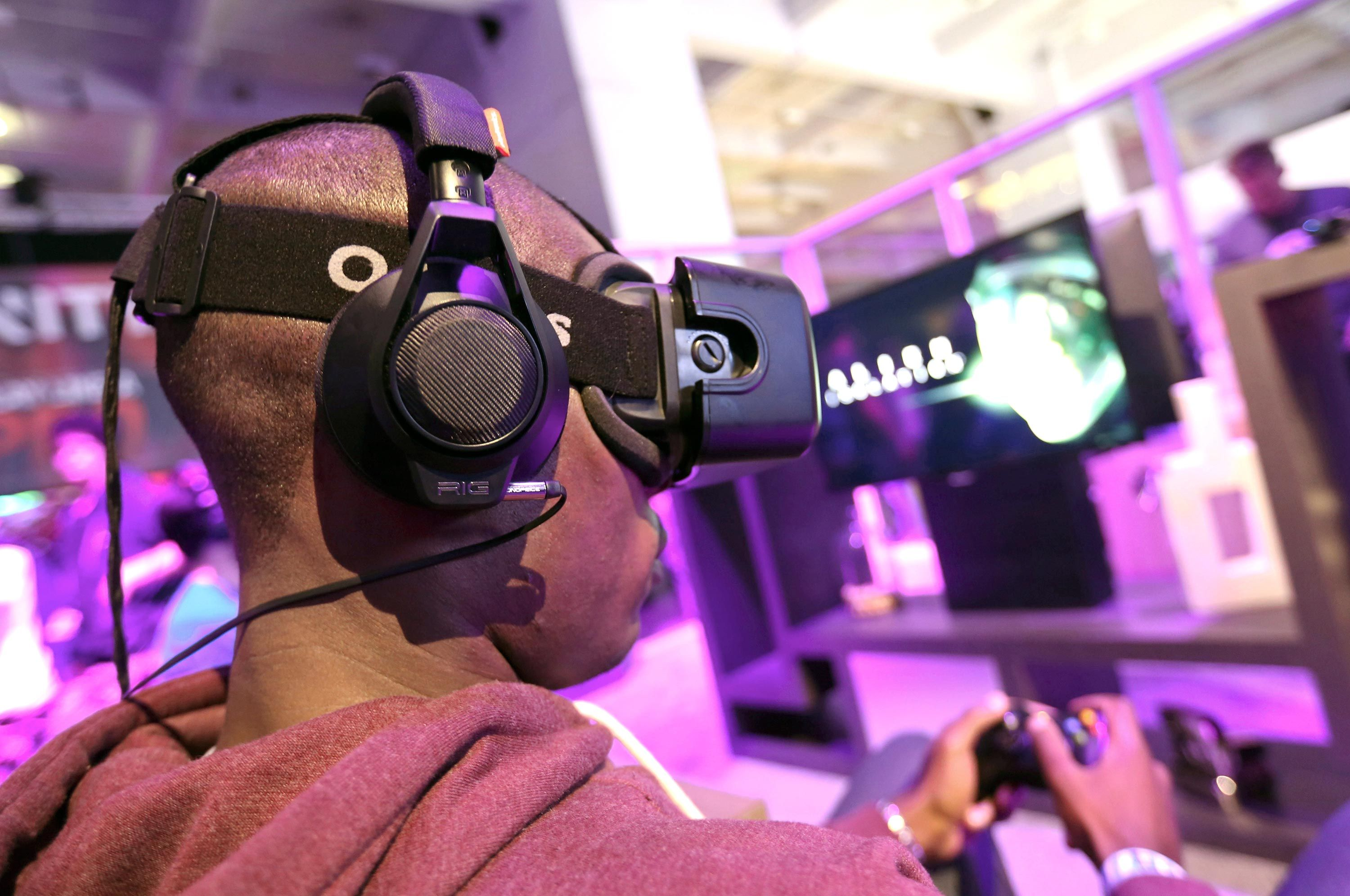 3 oculus rift apps that prove virtual reality goes far
