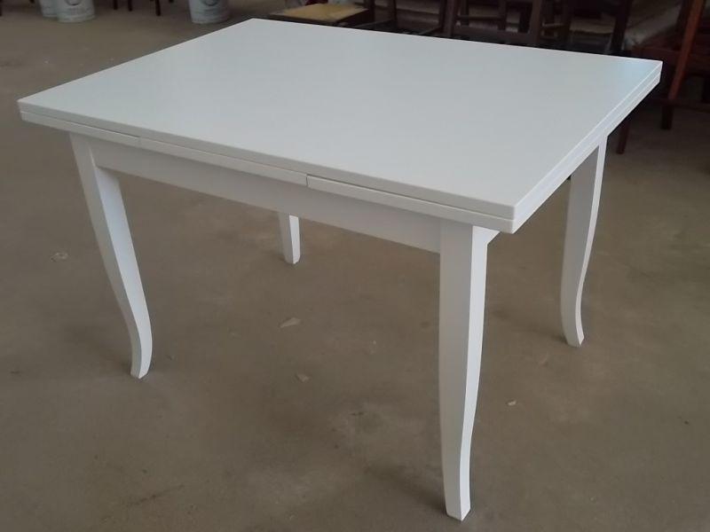 Tavolo bianco da cucina | Eziadilabio