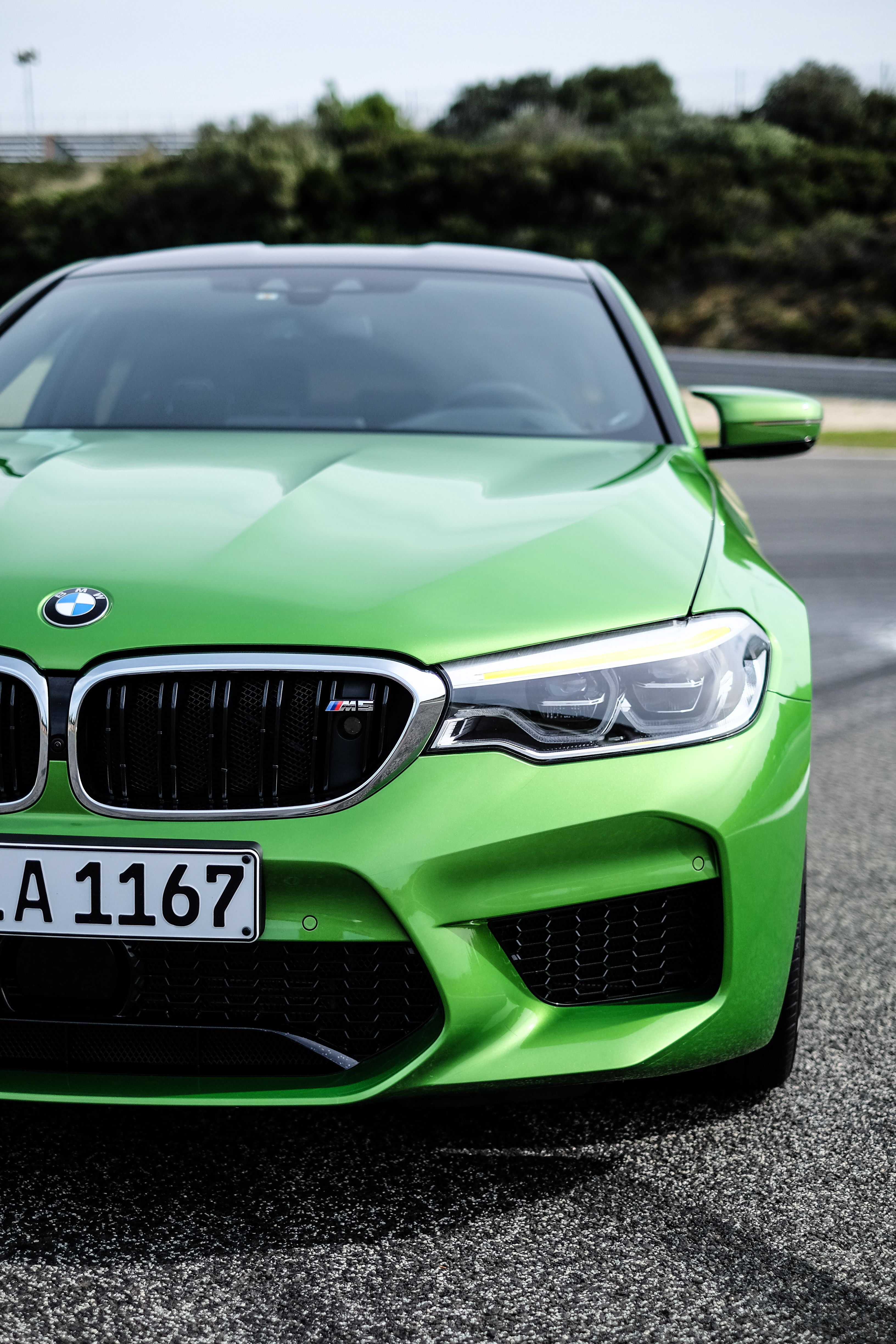 The all-new BMW M5 in Java Green F90/ Mobile Phone Screen Saver