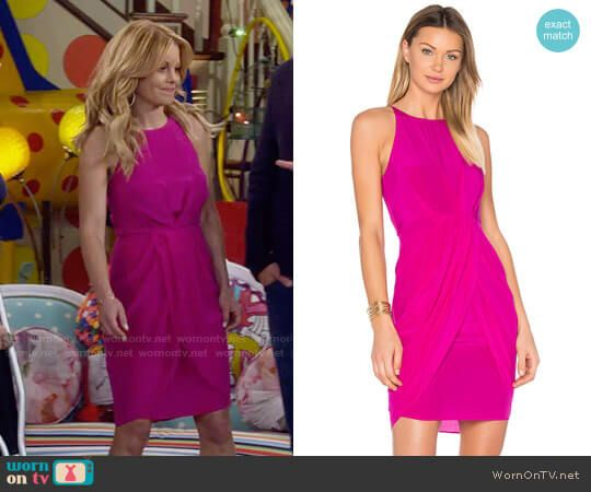 ed6382f0f0 DJ s pink draped sides dress on Fuller House. Outfit Details  https