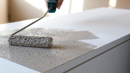 Comment donner un effet brillant des meubles en panneaux Peindre meuble melamine