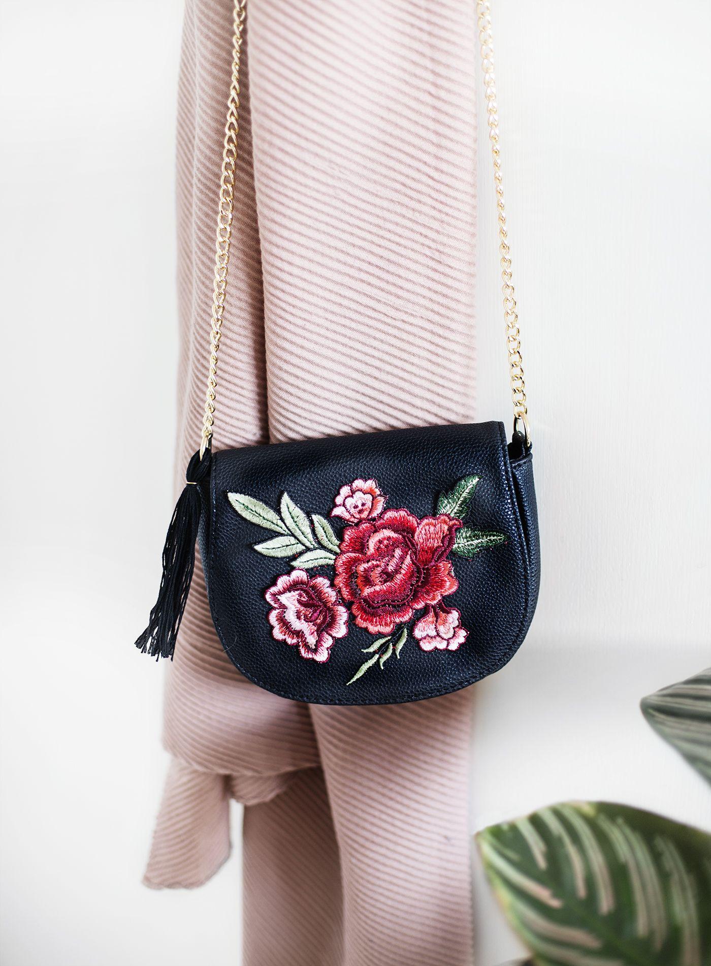 diy: 'no sew' embroidered tassel bag | craft & diy | pinterest