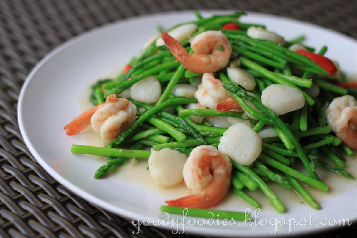 Eat your heart out recipe chinese stir fried baby asparagus with eat your heart out recipe chinese stir fried baby asparagus with scallops and king forumfinder Images