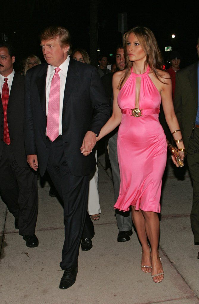 Melania S Mermaid Style Gown For The 2005 Met Gala Which Honored Young Melania Trump Style Pops Trump Fashion Milania Trump Style Donald And Melania Trump