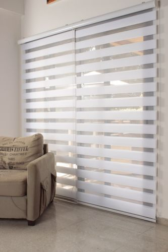 Some Shade With Curtain Blinds Living Room Blinds Wooden Window