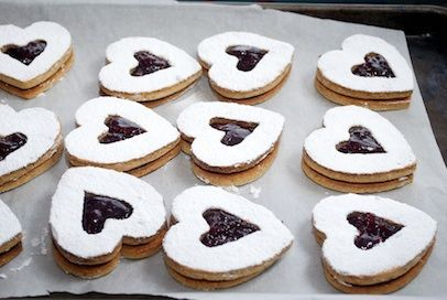 Valentines Linzer Cookies