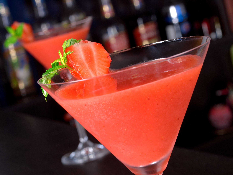strawberry daiquiri recipe using vodka