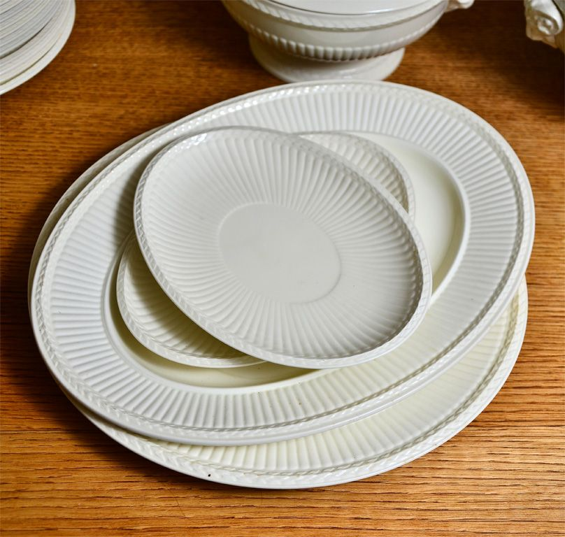 1900s Wedgwood Porcelain Set of Plates | From a unique collection of antique and modern dinner plates at http://www.1stdibs.com/furniture/dining-entertaining/dinner-plates/