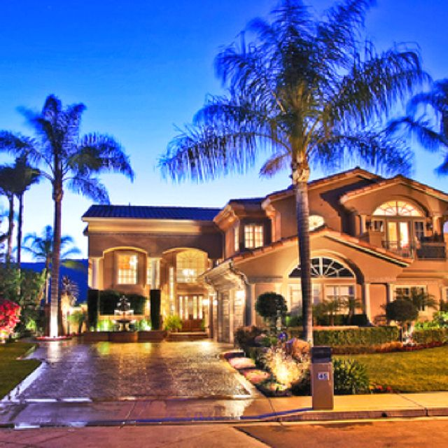 Gorgeous home. I want!