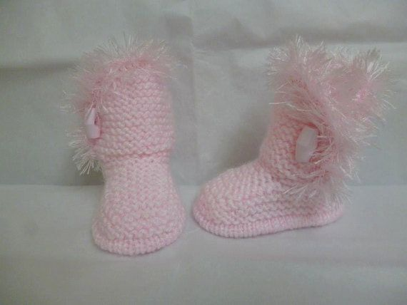 PDF (INSTANT DOWNLOAD) Knitting Pattern to knit baby booties,bootees,shoes,pram shoes,ugg style booties in size 0-3 months.