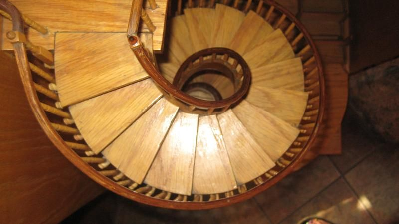 Best Mysterious Spiral Staircase Of Loretto Chapel In New 400 x 300