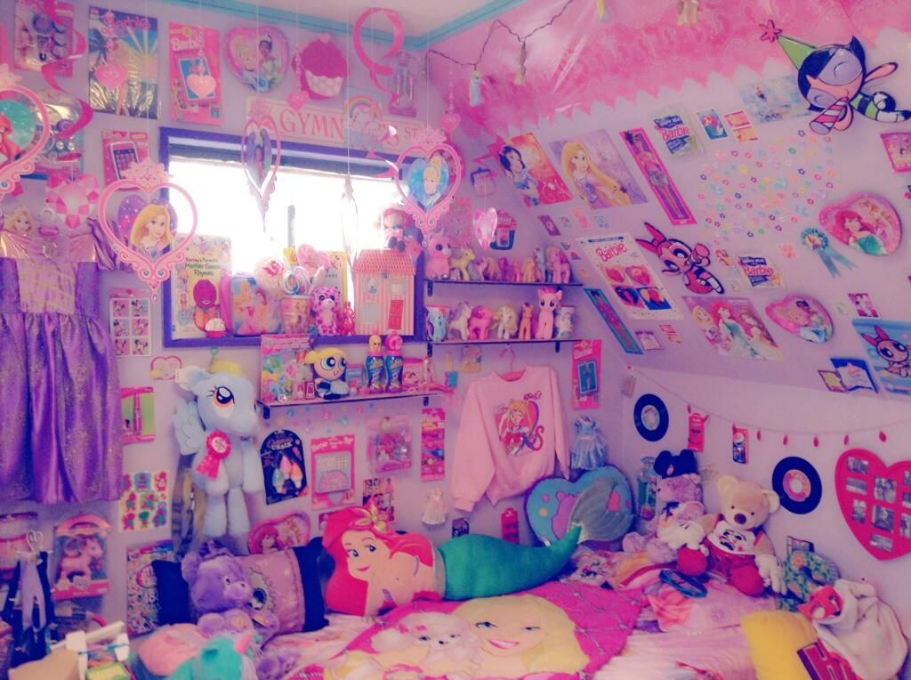 Fluttershy 39 s palace rooms pinterest for Cuartos decorados kawaii