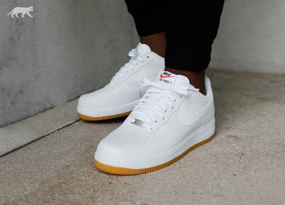 nike air force 1 07 lv8 white gum light brown