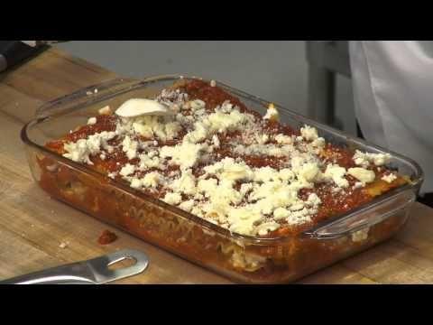 How to Make Lasagna Video http://learntocook.com/lasagna/how-to-make-lasagna/ More videos @ learntocook.com