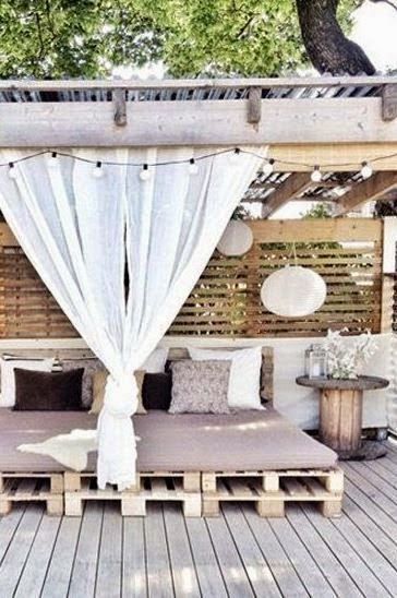 Pudel design some outdoor space inspirations garden for Europaletten sitzlounge