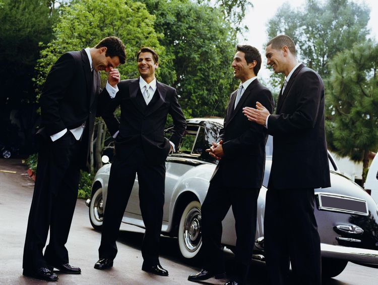 Groomsmen And Ushers Really Do Have Jobs To Do Wedding Ushers Wedding Roles Groom And Groomsmen
