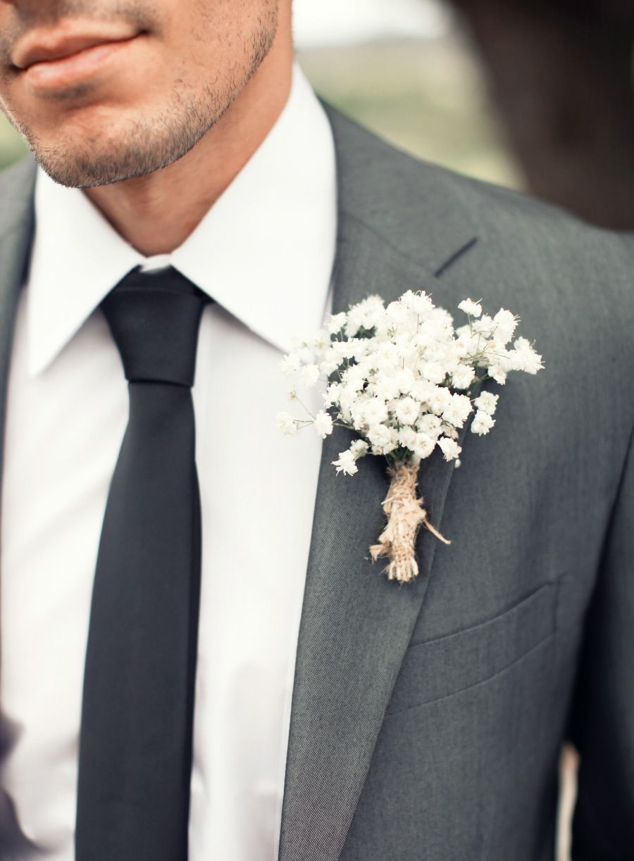 Photography: Desi Baytan Photography - desibaytan.com   Read More on SMP: http://www.stylemepretty.com/california-weddings/2014/07/02/elegant-coral-gold-coto-de-caza-wedding/
