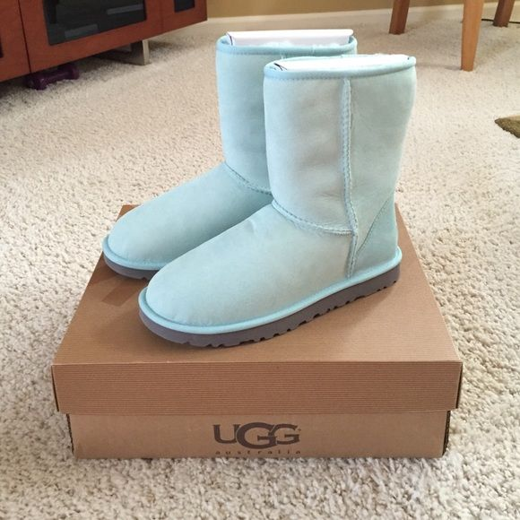 Baby blue short ugg boots | Ugg boots