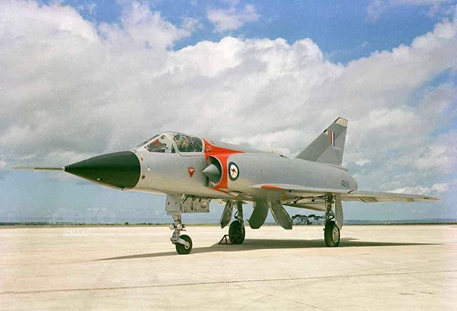 #OTD First flight of Dassault Mirage III on 17 November 1956. RAAF #Dassault #MirageIII #fighter #military #aviation #history #aer…   Fighter ...