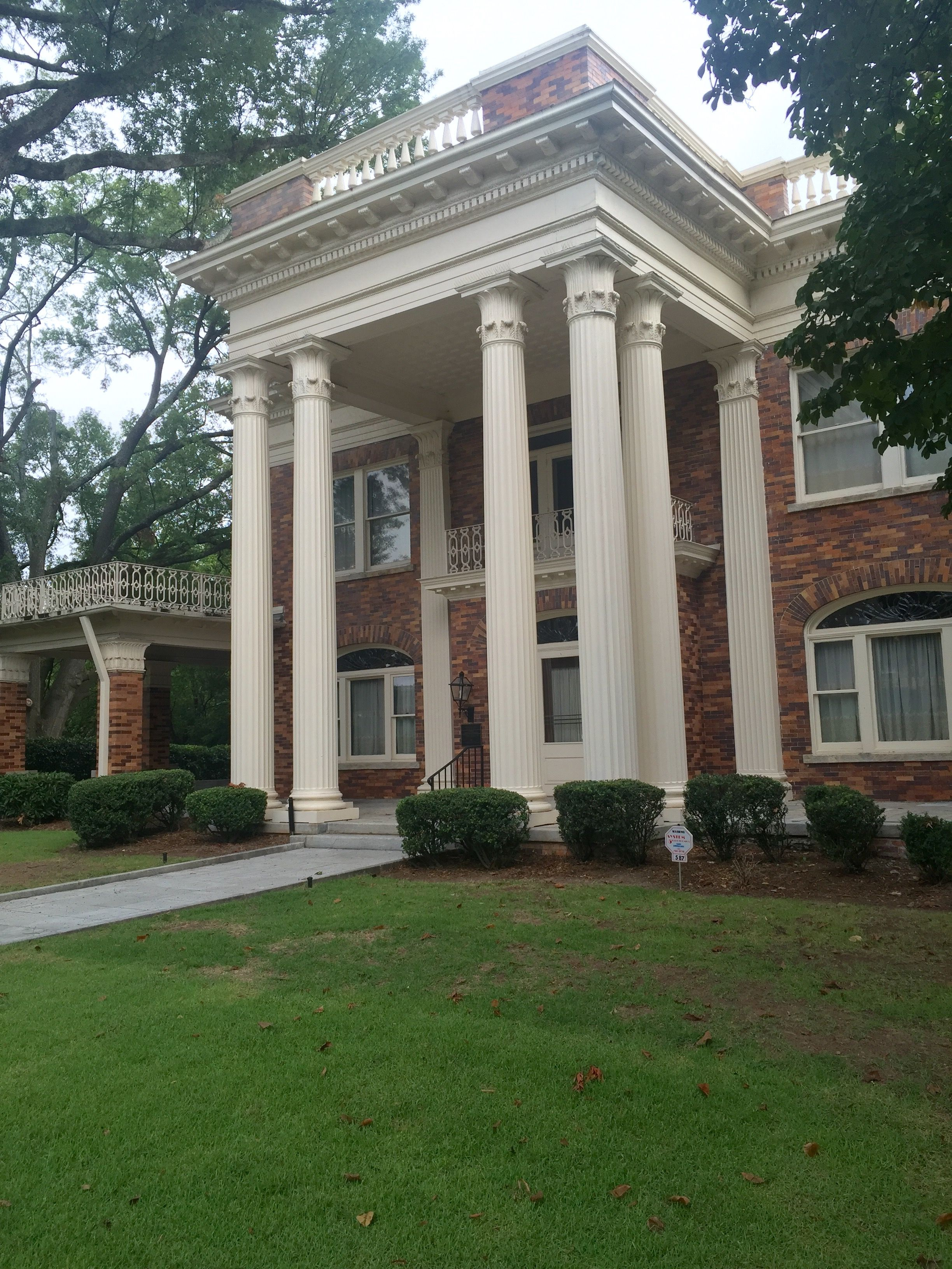 Atlanta msnsion built in 1910 by exslave alonzo herndon