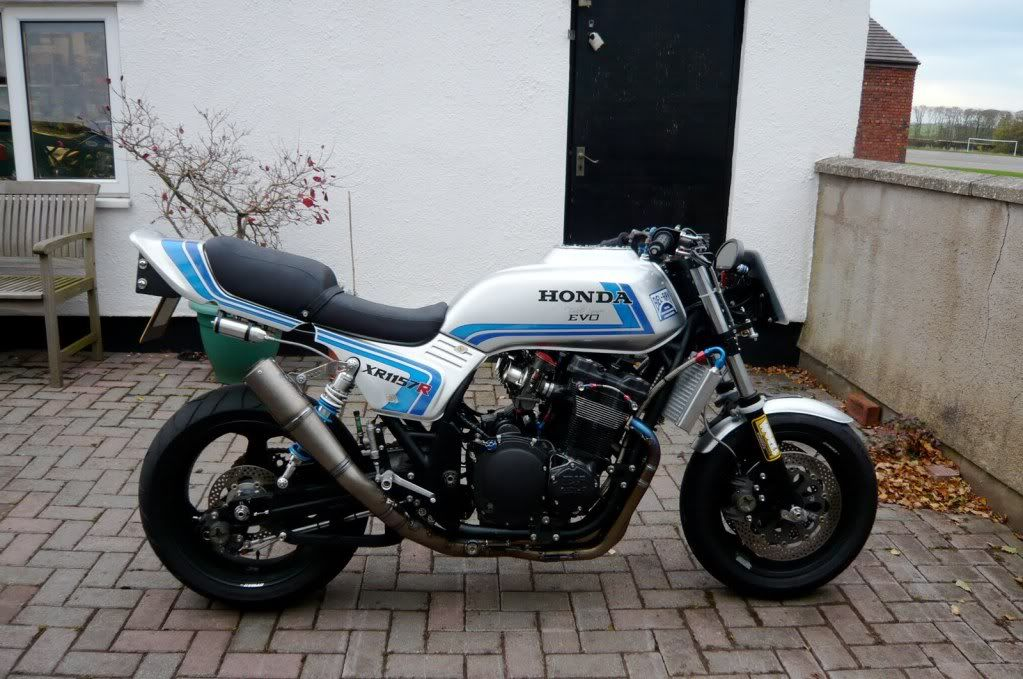 The VFX - Magna conversion in tribute of early 80s AMA Superbikes.