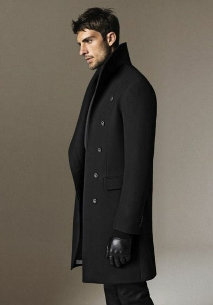 joli manteau long homme de couleur noir pour les hommes modernes. Find this  Pin and more on Men s style ... f9dbbd60ecec