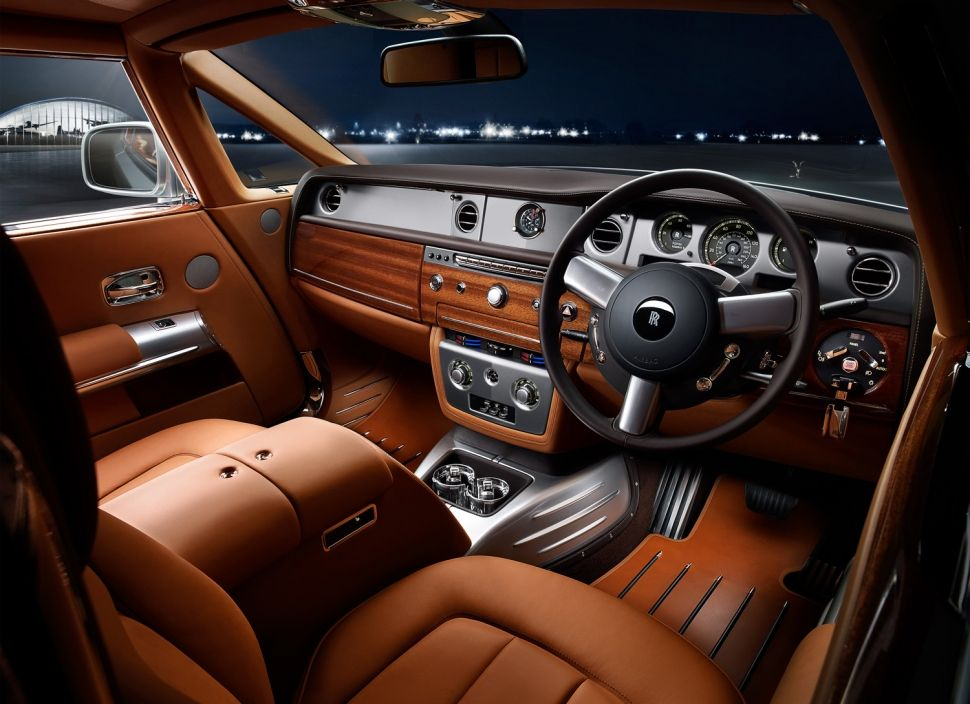 Rolls Royce Aviator Brown Leather Warm 3 Silver Nautic Wood