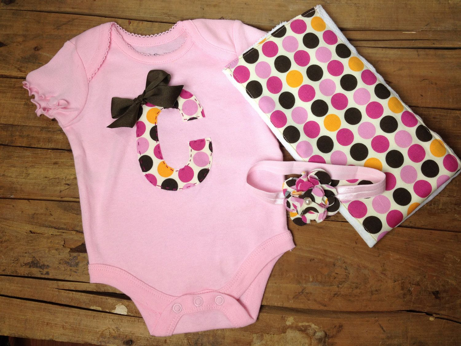 Personalized Pink Baby Girl Gift Set    Onesie  by OwlwaysLoveYou, $22.99