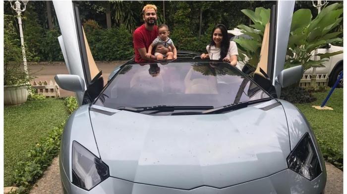 Raffi Ahmad Inilah Deretan Mobil Mahal Suami Nagita Slavina Harganya Bikin Pingsan Mobil Mewah Mobil Baru Lamborghini