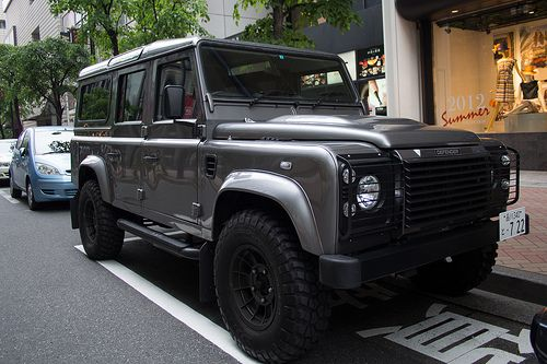 Land Rover 110 Defender