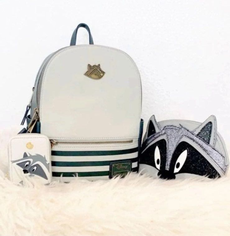 "NWT Disney Winnie the Pooh Plush Bag Backpack 15/""-Licensed Goods"