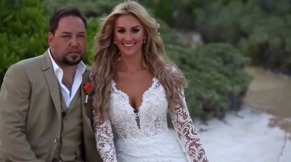 Jason Aldean And Brittany Layne Share Adorable Wedding Video On Second Anniversary Wedding Video Wedding Jason Aldean
