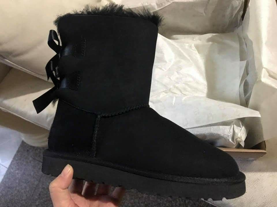 Uggs Palisade, black boots, size