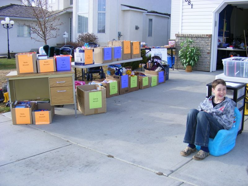 How To Organize A Garage Sale Fundraiser Garage Organization Garage Sales Garage Sale Organization