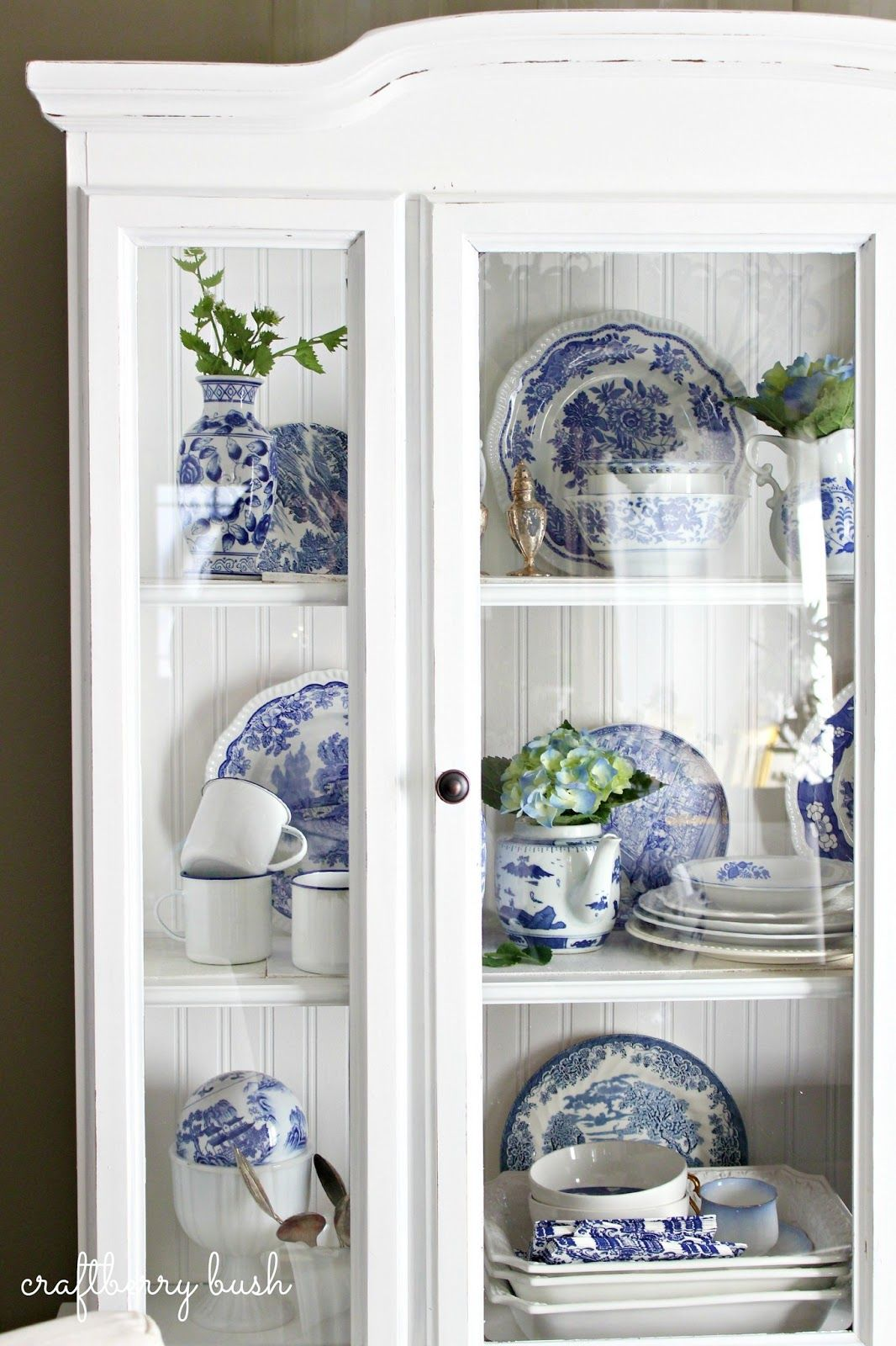 Paint Mom S China Cabinet White And Spray Hinges That Color