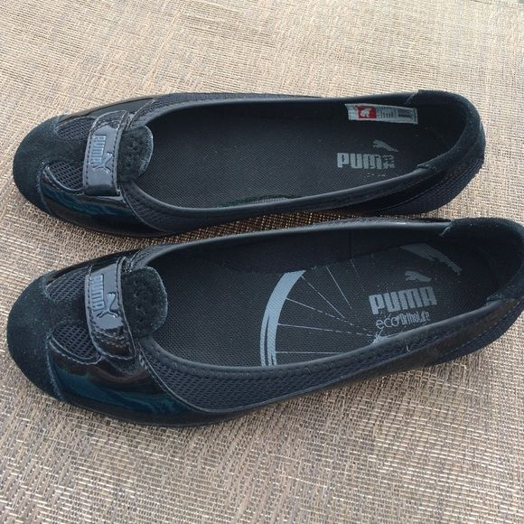 ffa3c766ed Puma Zandy Black Patent and suede ballet flat Like new...only worn one