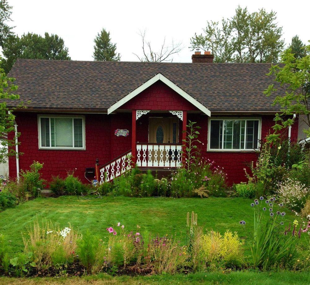 New Exterior On An Old House Modern Farmhouse Exterior House Paint Exterior Farmhouse Exterior Colors