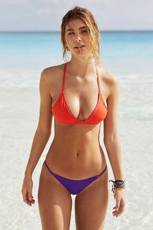 Bikini girls romp, girls id love to fuck