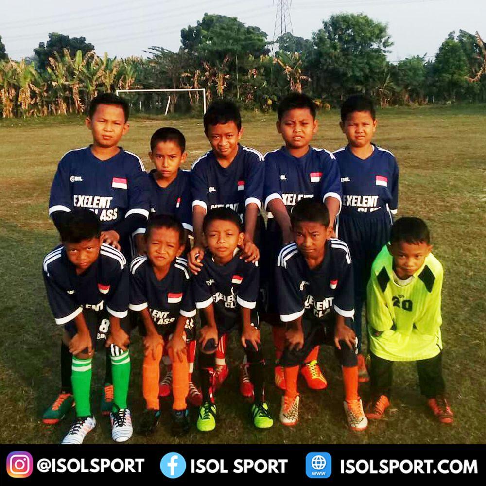 Download Bikin Baju Futsal Anak Untuk Exelent Class Alhamdulillah Kami Dipercaya Oleh Salah Satu Tim Bola Anak Anak Untuk Membuatkan Kostum Mer Anak Kostum Membuat Baju