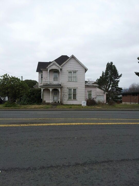 My Favorite House In Tillamook Or For Sale I Just Want To Bring It Back To Life House Styles Tillamook House