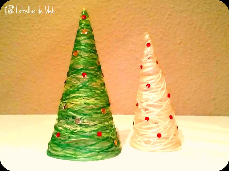 Estos pequeños árboles de Navidad son facilísimos. ¡No te pierdas esta explicación de cómo hacerlos!