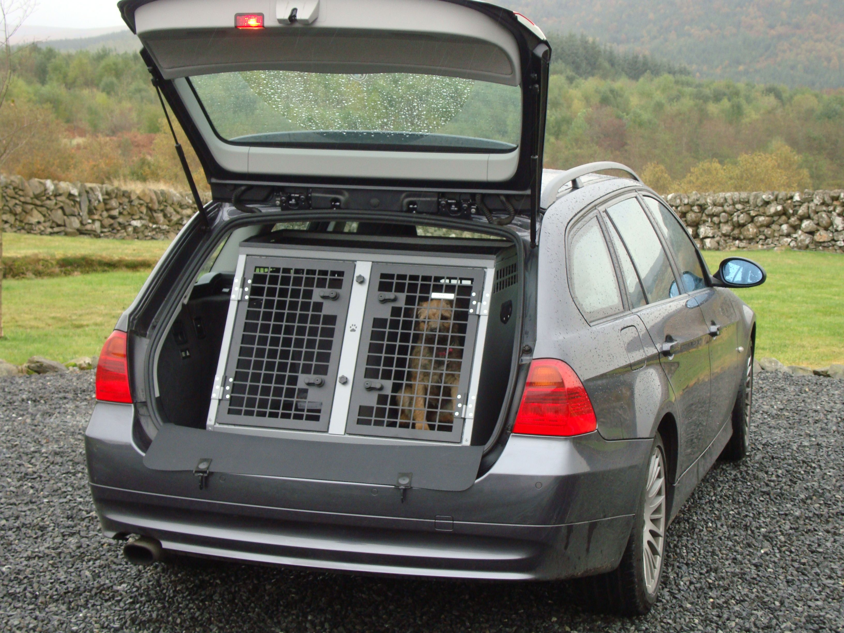 Transk9 B1 Bmw 3 Series Touring Dog Cage Dog Crate Www Transk9 Com