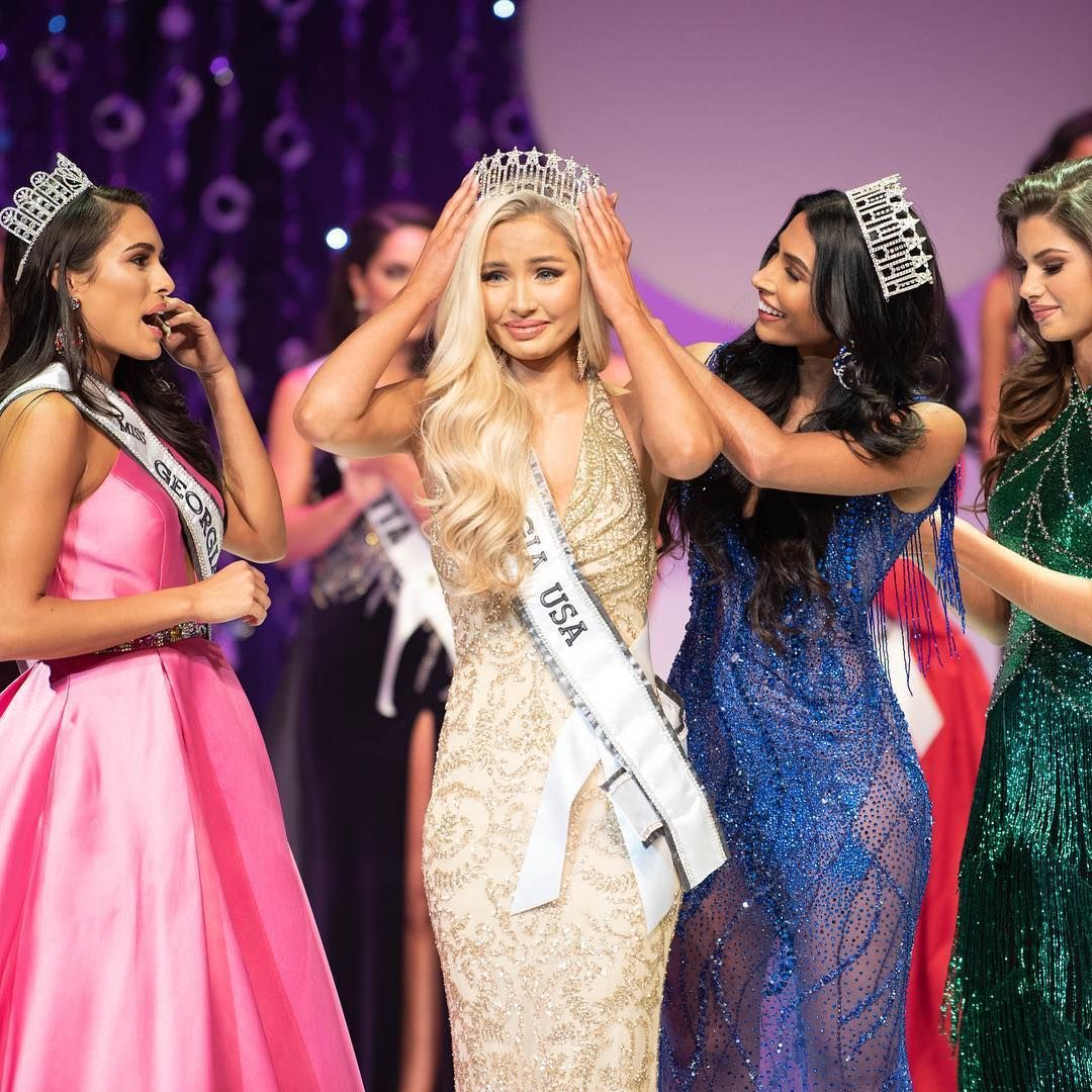 Pin On Pageant Titleholders