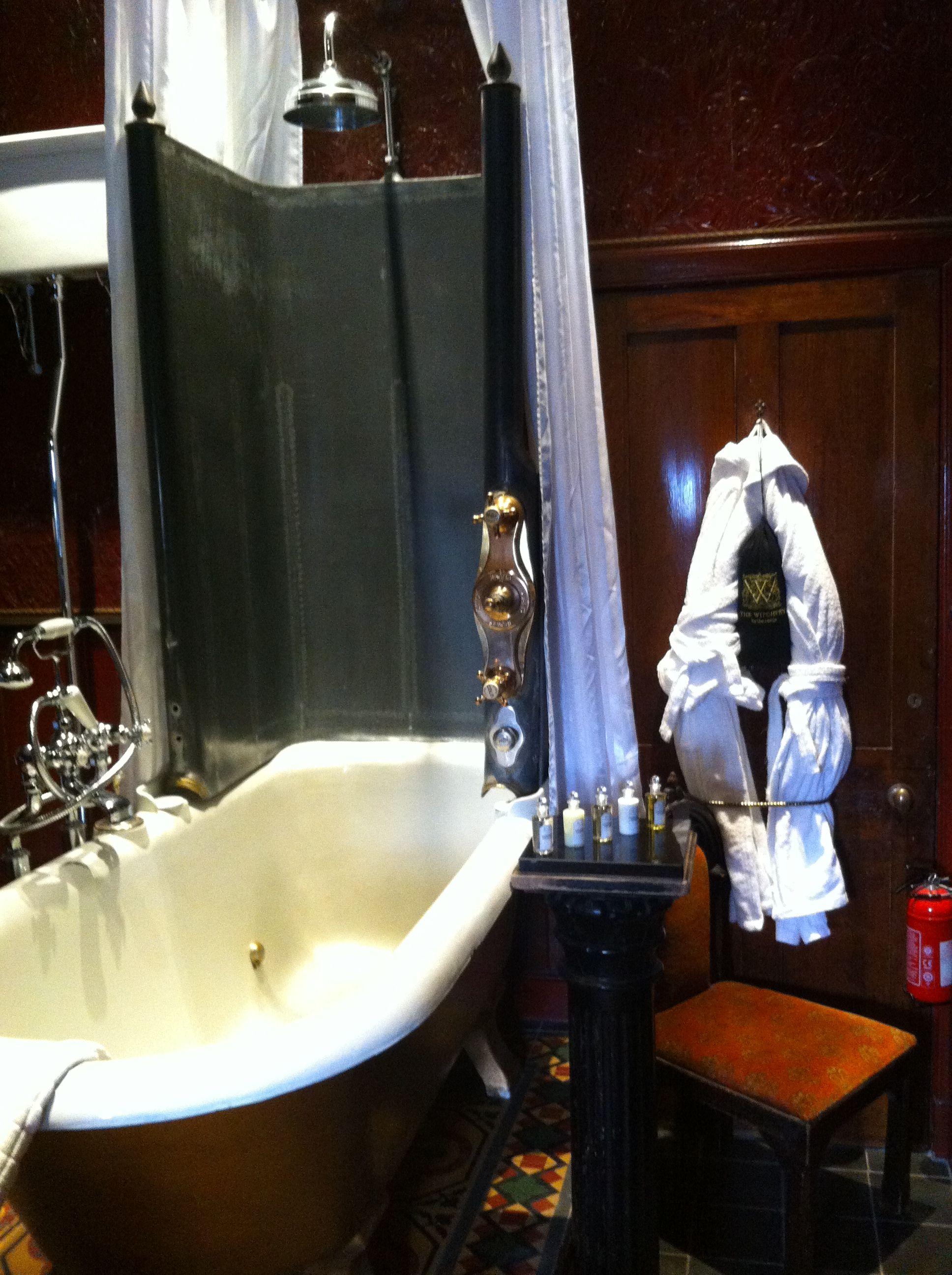 Inner Sanctum Suite Bathroom The Witchery, Edinburgh ...