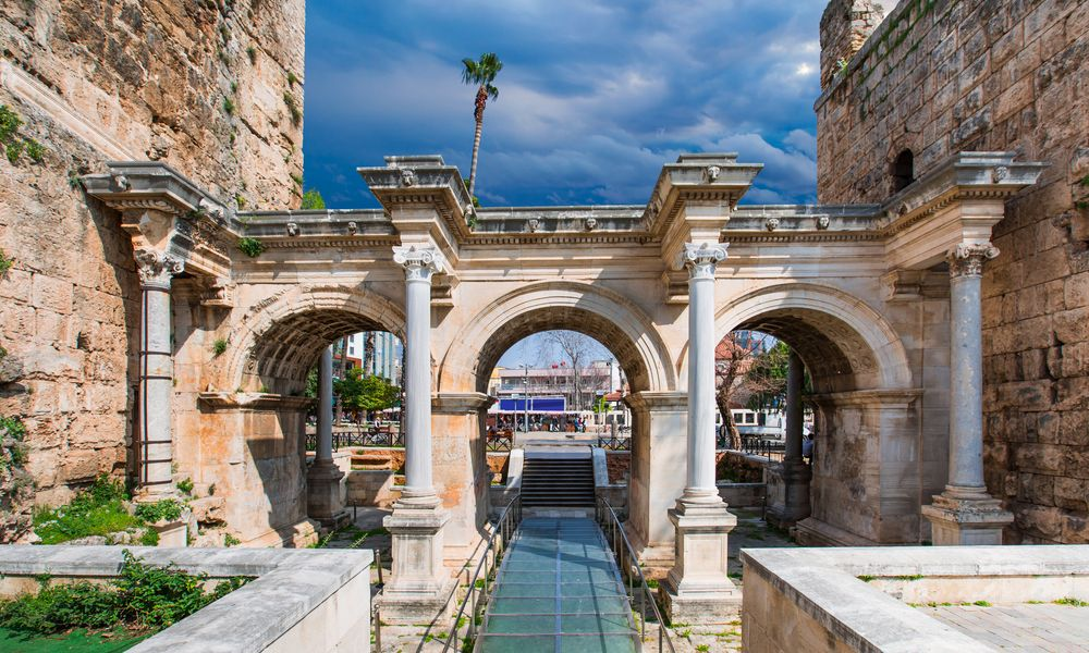 Hadrian Castle Gate Of Antalya Tours Sehir Fotografciligi Sehir