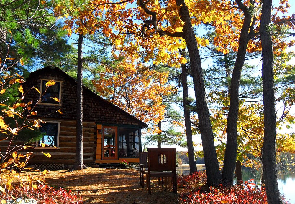 Alexandria Bay-Fall Cabin | Cottage rentals ontario, House ...
