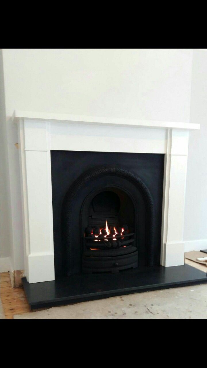Brindisi Surround Lytton Insert With Gas Fire Honed Granite Hearth Granite Hearth Beautiful Homes House Styles