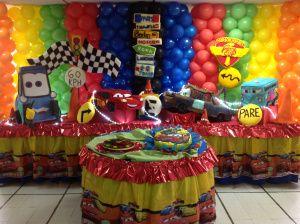 Decoraciones de fiestas infantiles pi atas y centros de mesa for Decoracion de pinatas infantiles