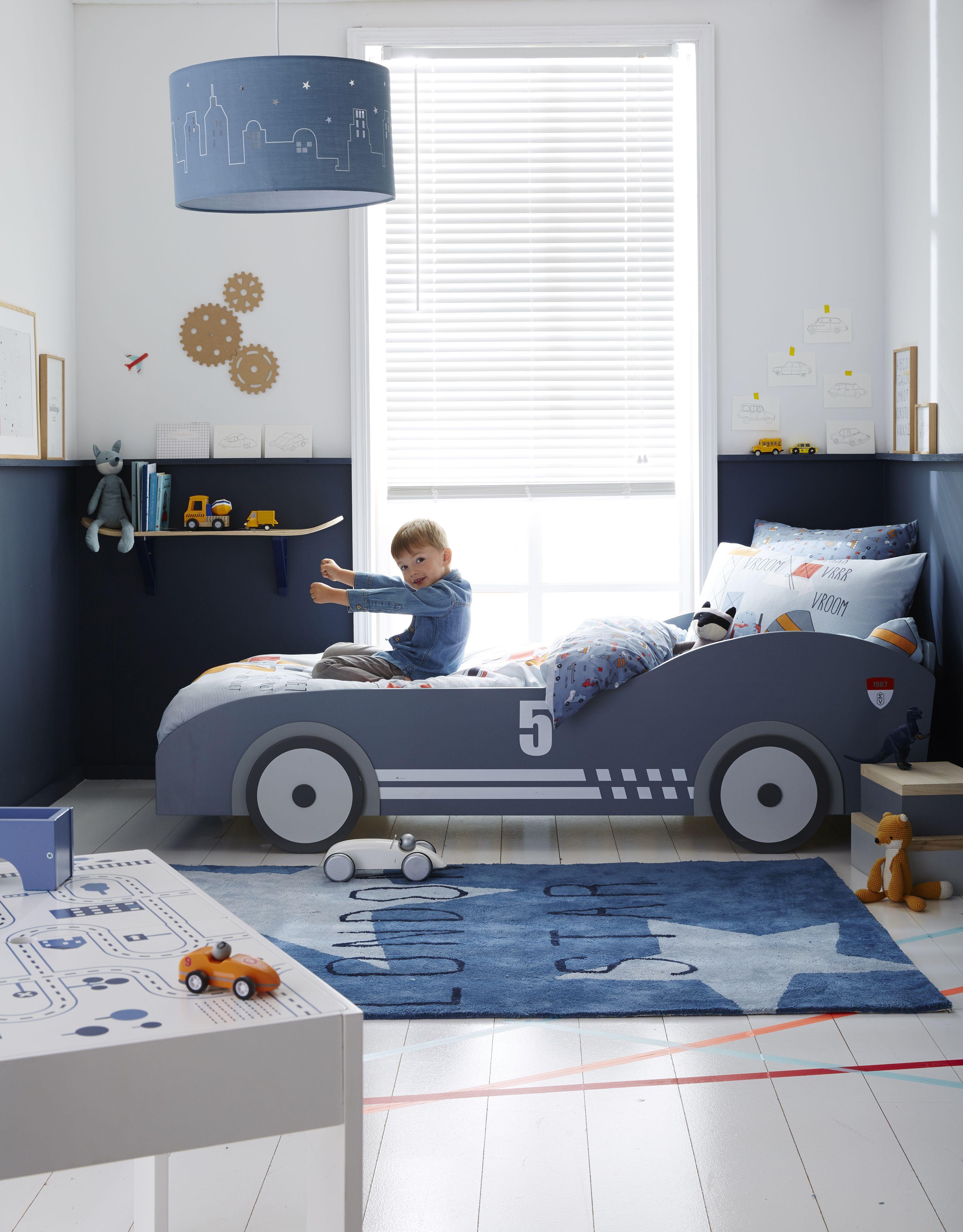 Lit voiture de course  Deco chambre enfant, Lit voiture, Déco